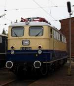 beige-blau/177873/e10-1239-konnte-beim-tag-der E10 1239 konnte beim Tag der offenen Tür im Osnabrücker Betriebswerk bestaunt werden. September 2010