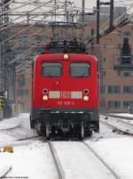 verkehrsrot/64174/auch-wenn-man-vom-zug-nichts Auch wenn man vom Zug nichts sieht, wird 110 200-3 den IC 2243 gleich in den Berliner Hbf ziehen. Februar 2010