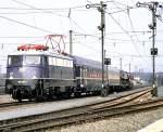 blau/15720/110-348-0-mit-autoreisezug-bei-der 110 348-0 mit Autoreisezug bei der Zugparade 150 Jahre Eisenbahn in Deutschland, Nürnberg am 14.09.1985, vom Dia.