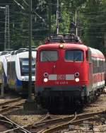 verkehrsrot/108452/in-der-bereitstellung-110-449-6-mit In der Bereitstellung: 110 449-6 mit der RB Bremen - Oldenburg und Triebwagen der NWB. Juli 2010