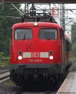 verkehrsrot/115245/110-406-6-wird-als-rb30-nach 110 406-6 wird als RB30 nach Friedberg in Gießen bereit gestellt. Juli 2010