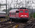 verkehrsrot/169340/mit-dem-re-4682-nach-koeln Mit dem RE 4682 nach Köln über Friedberg, Gießen, Wetzlar, Dillenburg, Siegen und Au (Sieg) rollt 110 441-3 in den Frankfurter Hbf ein. Dieser Zug bot bis Dezember 2010 die Möglichkeit umsteigefrei mit nur 2 Ländertickets von Frankfurt nach Köln zu fahren. In die Gegenrichtung existierte diese Verbindung nicht, da der Zug nach der Ankunft in Köln am Abend noch nach Gießen fuhr und erst am nächsten Morgen wieder Richtung Frankfurt startete. Seit dem Fahrplanwechsel im Dezember hat die VIAS den RE 99 von Frankfurt bis Siegen übernommen. August 2010