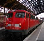 verkehrsrot/187911/110-452-0-schiebt-die-rb-30528 110 452-0 schiebt die RB 30528 gleich von Köln nach Wesel. Januar 2011