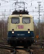 beige-blau/81644/ins-museum-gehoert-die-letzte-betriebsfaehige Ins Museum gehört die letzte betriebsfähige beige-blaue Lok der Baureihe 140 (noch) nicht, trotzdem fuhr 140 423-5 zur Freude vieler Eisenbahnfreunde bei der Lokpare in Koblenz Lützel mit. April 2010